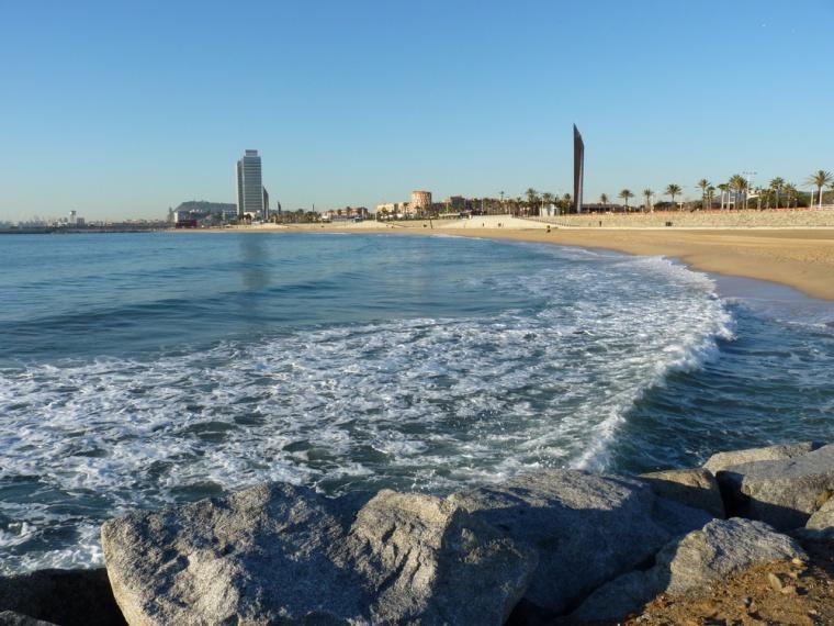 playa-de-la-mar-bella-barcelona-enero-de-2010-07647a11-a1a8-4d0f-819b-99a5e862623f