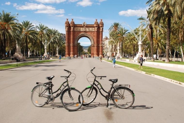 arco-triunfo-bicicleta